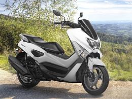 摩托车广告