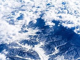 从北京飞往长白山的航班上拍的