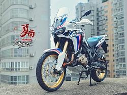 田宫 16042 1/6 本田非洲双缸 CRF1000L 摩托车