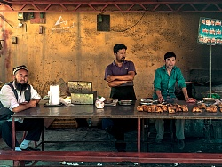 南疆维吾尔族的巴扎