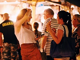 Phuket Weekend Market 普吉夜市