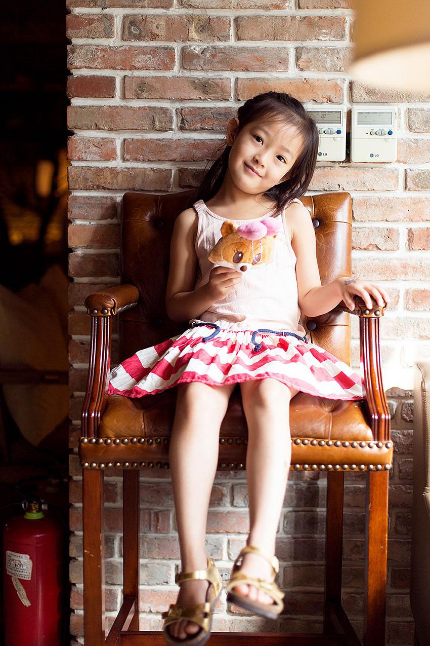 原色影像小王子小美_将府咖啡的小美妞