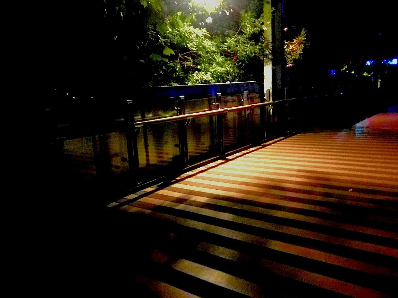 囹�a�i)�aj9.���jyf�x�_霓虹天桥|摄影|环境/建筑|樱月舞囹 - 原创作品