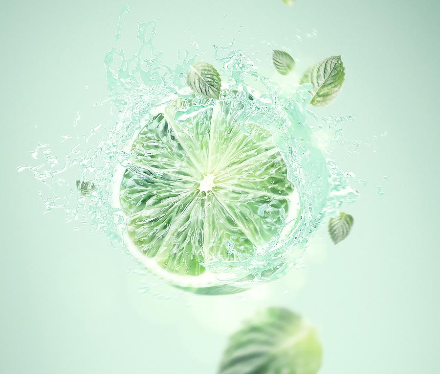 查看《维生素水》原图,原图尺寸:1920x1630