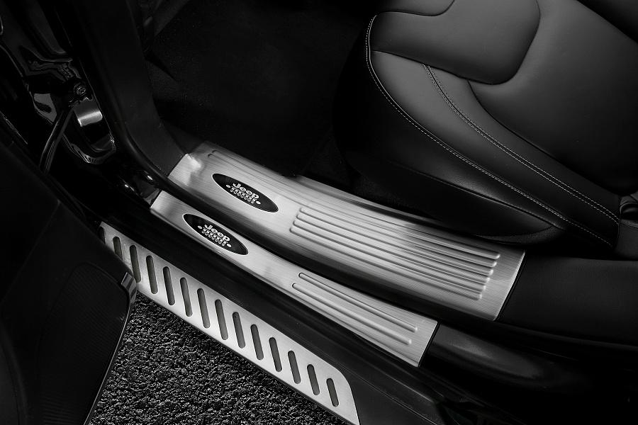 汽车门槛条 迎宾踏板 汽车后护板 拍摄手经验和修图手法