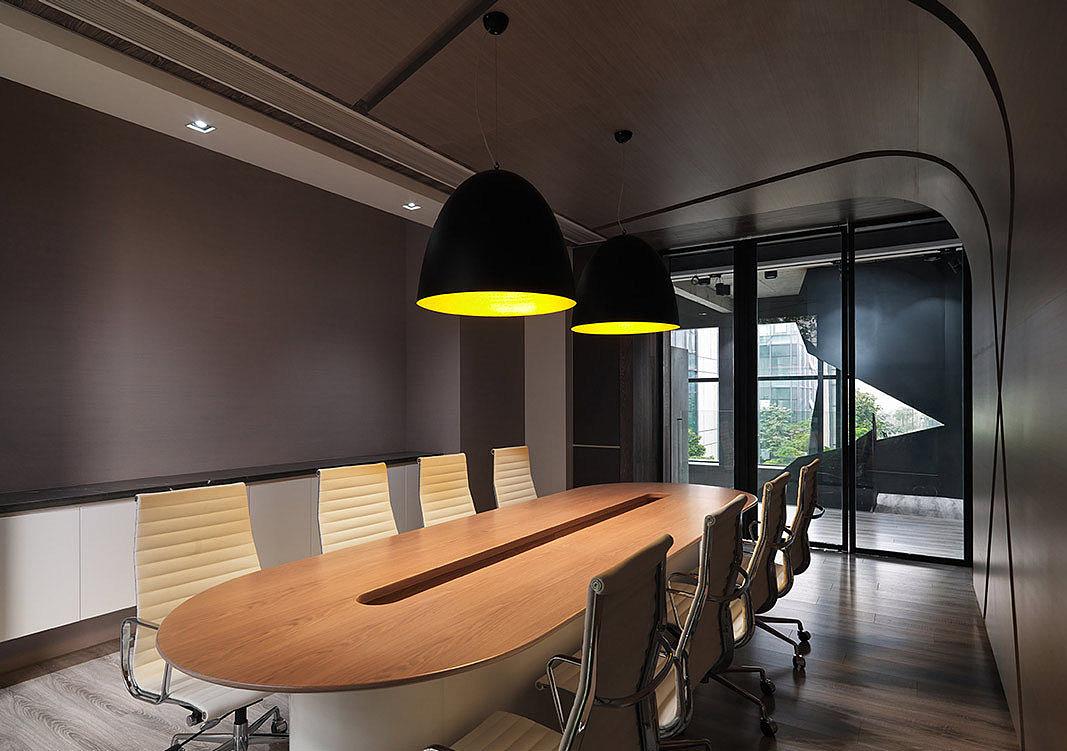 几何韵律 干净纯粹的创意办公室装修设计方案图片