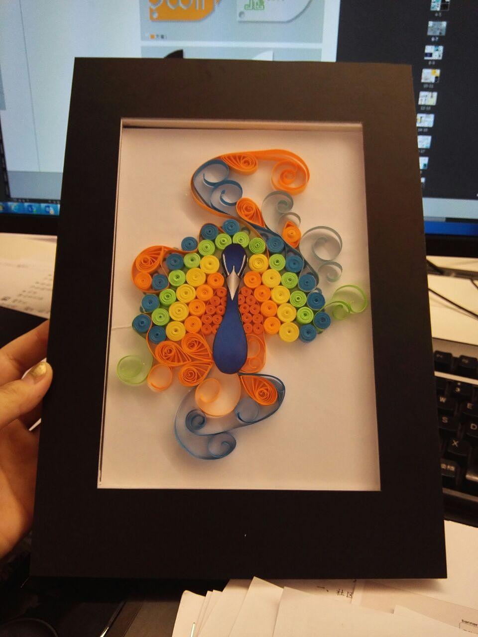 纸筒手工制作图片孔雀