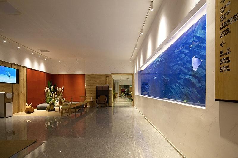 上海亲子度假酒店设计,以海为背景的设计图片