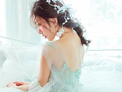 薄荷色的一件嫁衣