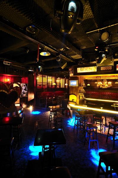 凯里专业酒吧装修设计公司《香奈儿音乐酒吧》|室内