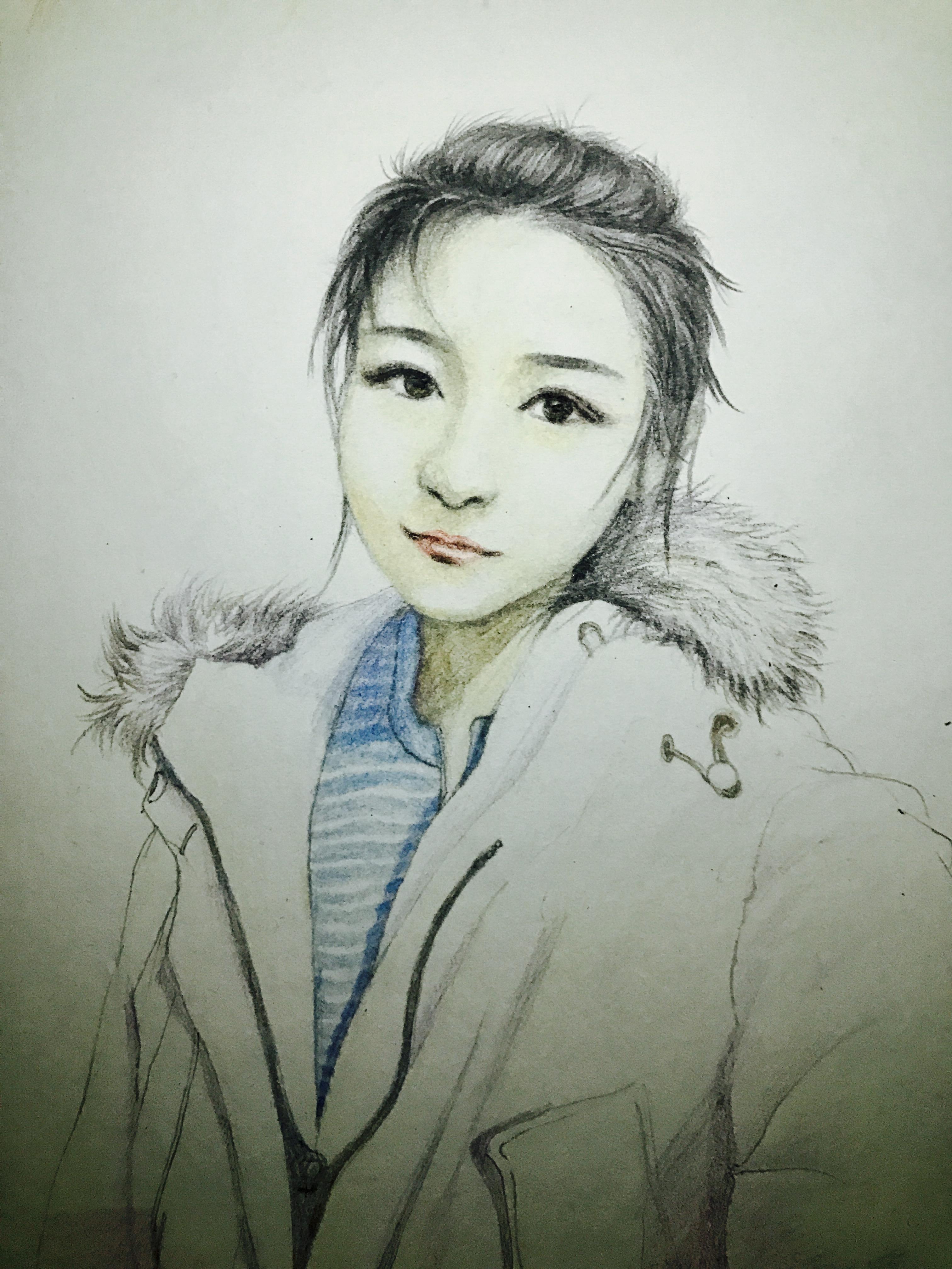 手绘人物 彩铅画 写实 素描