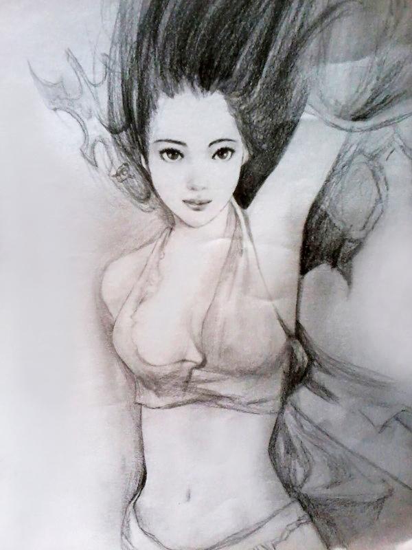 铅笔手绘古代女子