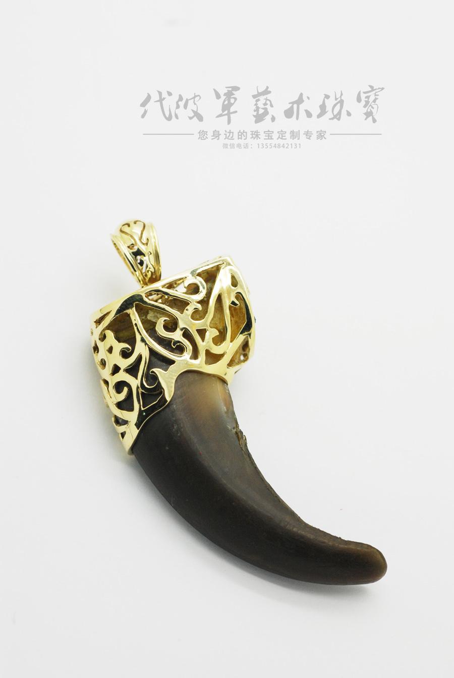 查看《代波军艺术珠宝定制----沉香镶嵌设计与牙镶嵌设计作品欣赏》原图,原图尺寸:900x1344