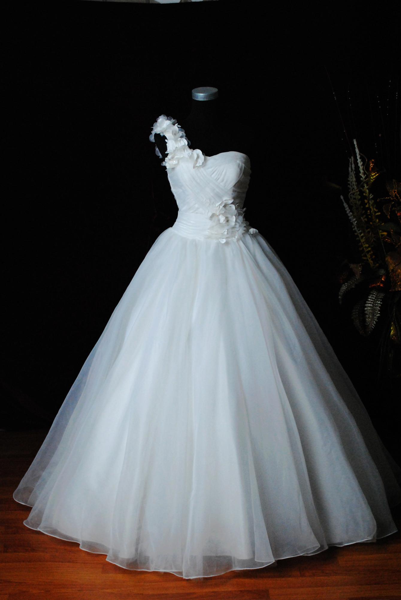 婚纱 素材