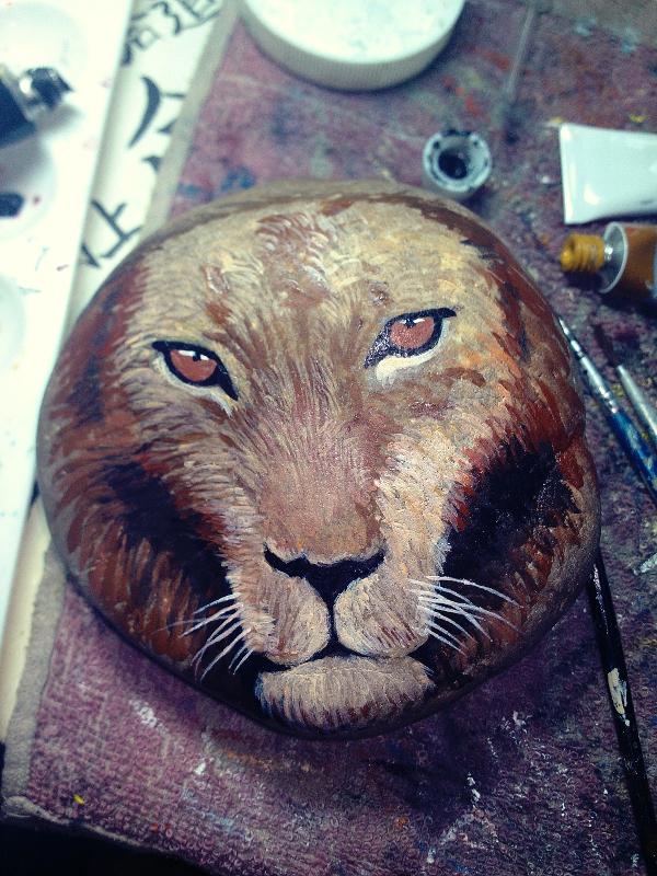 手绘石头(狮子)