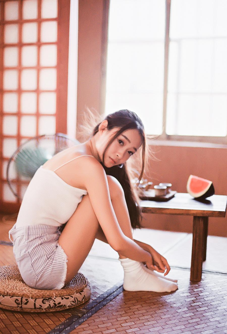 夏日少女 摄影 HUANGZHIYUE 原创设计作品图片