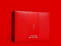 初爱品牌2018年春节礼盒包装设计