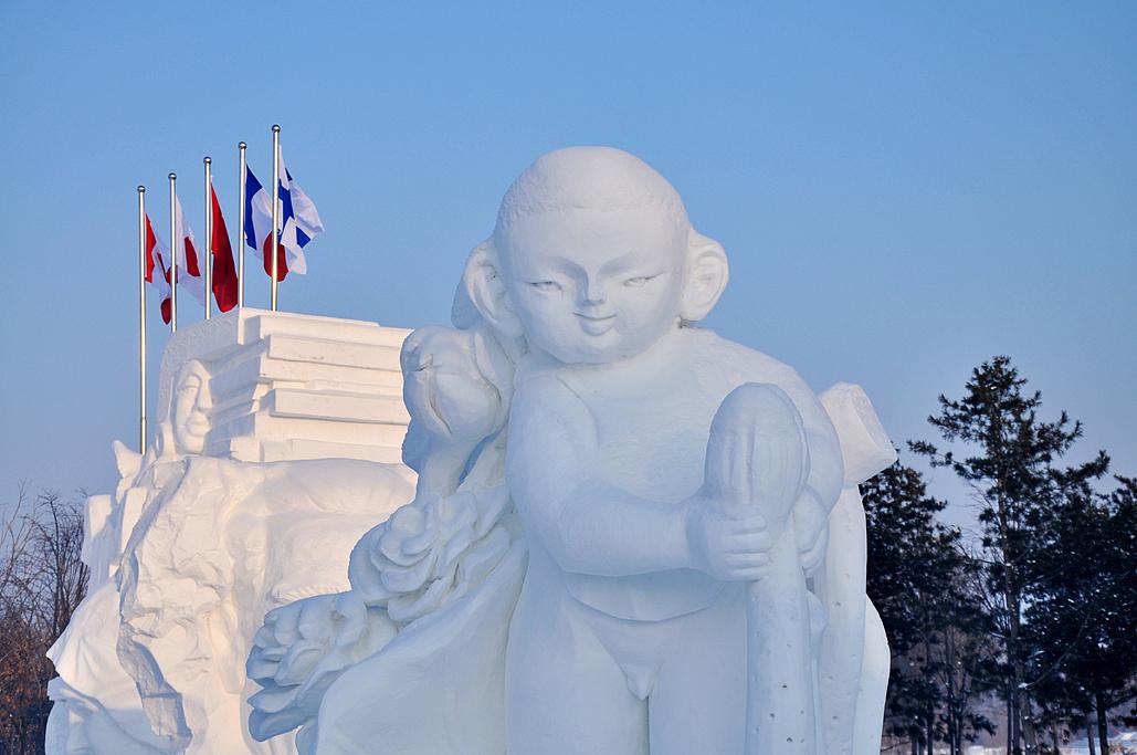 冰雪雕塑动物图片