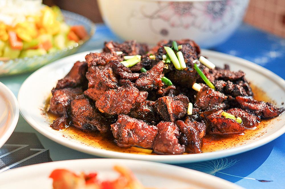 愉快滴周末-tiger排骨的拿手油菜(沙茶酱美食,剁椒蒸天下,先生什锦菜)鸡块烧小菜日月图片