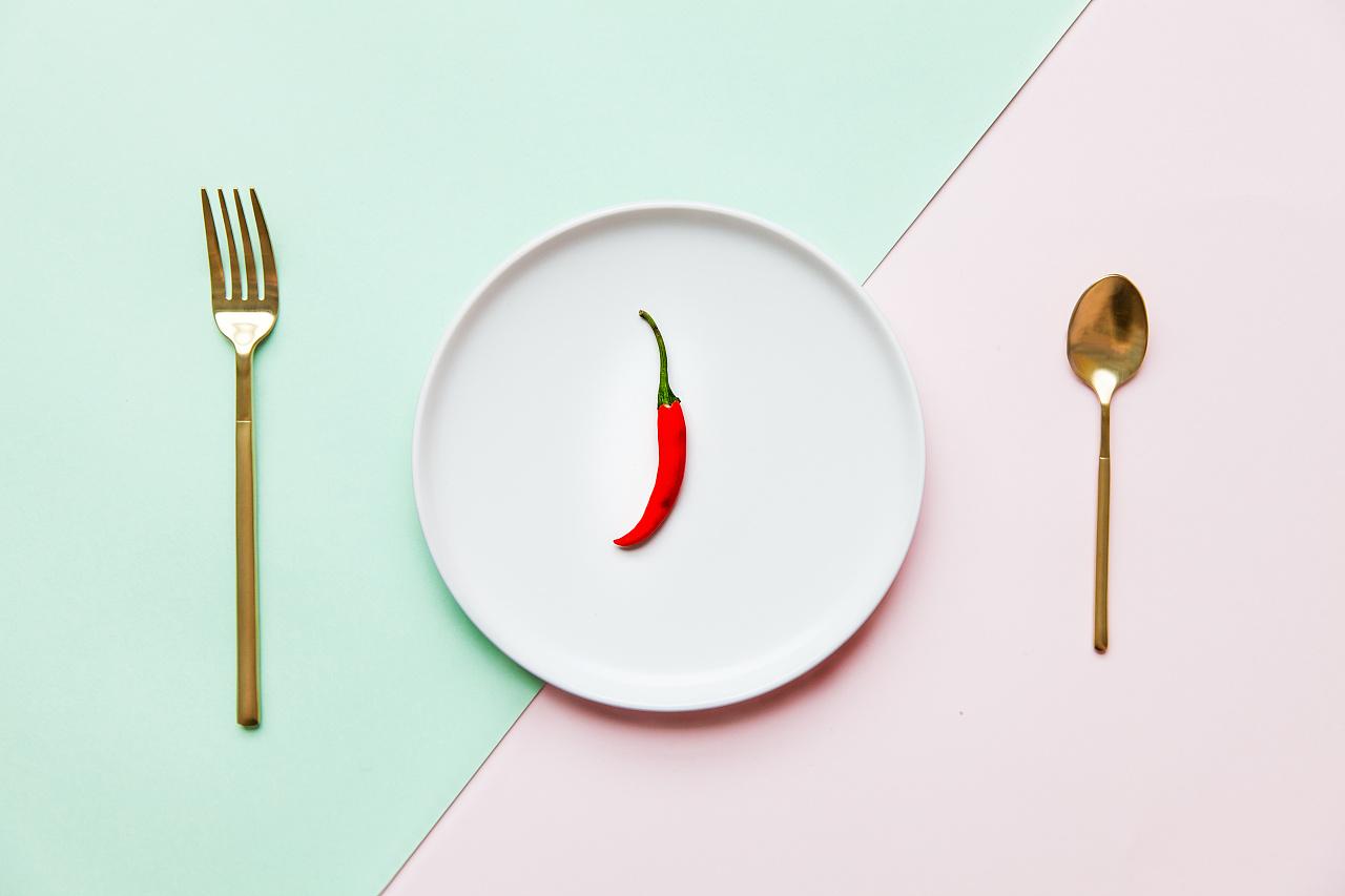 色彩搭配的极简美食摄影