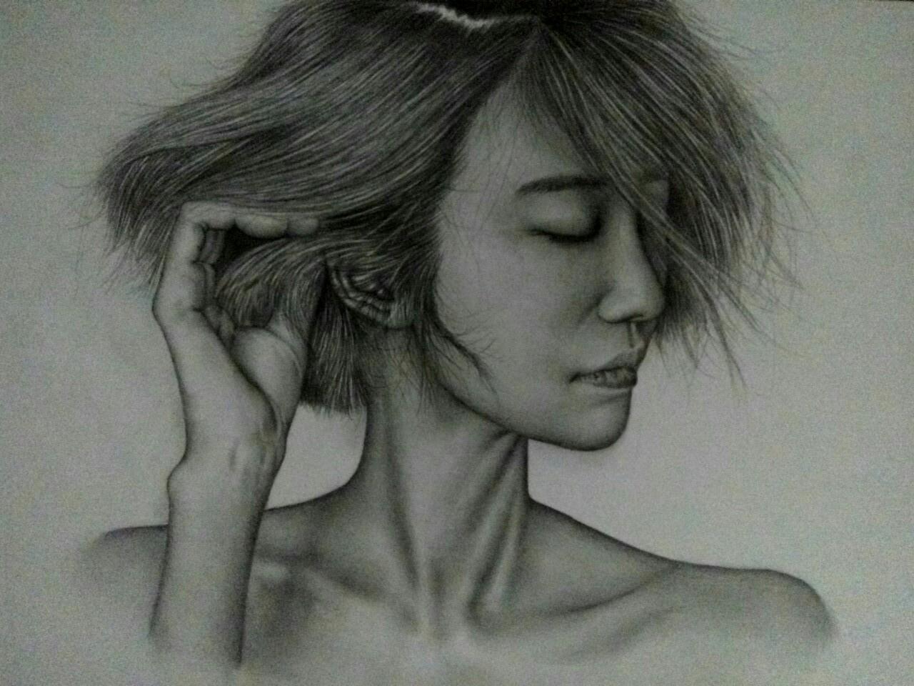 铅笔画美女