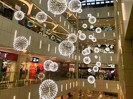 购物中心开业中庭吊饰定制工厂铭星灯饰定制吊饰美陈