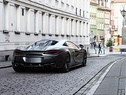 McLaren 570s and Aston Martin