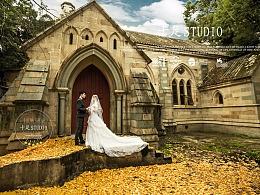 婚纱客照:小教堂的婚纱客照