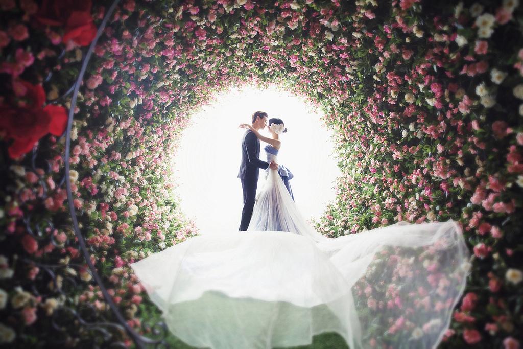 婚纱摄影作品_宜昌梦幻影城婚纱摄影--作品分享
