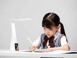 品牌案例丨三合一桌面台灯