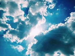 飞云之下(Flying clouds)