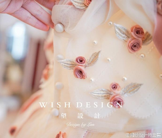 查看《婚纱也可以很少女,兰奕的小玫瑰》原图,原图尺寸:690x589