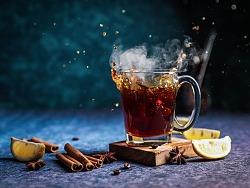 一杯冰咖啡的奇妙试验,激发夏天的灵感