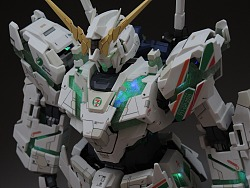 [贺站酷Cube]PG Unicorn Gundam 7-Eleven Ver.No 3501