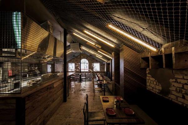 景洪专业酒吧装修设计公司《工厂主题特色酒吧》