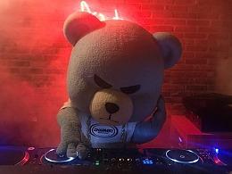 这是我见过最拽的熊!YG BEAR KRUNK 潮流品牌吉祥物/IP动漫角色/玩偶熊研究报告