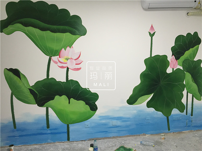 玛丽艺术手绘源于我公司先前的画室尚中行