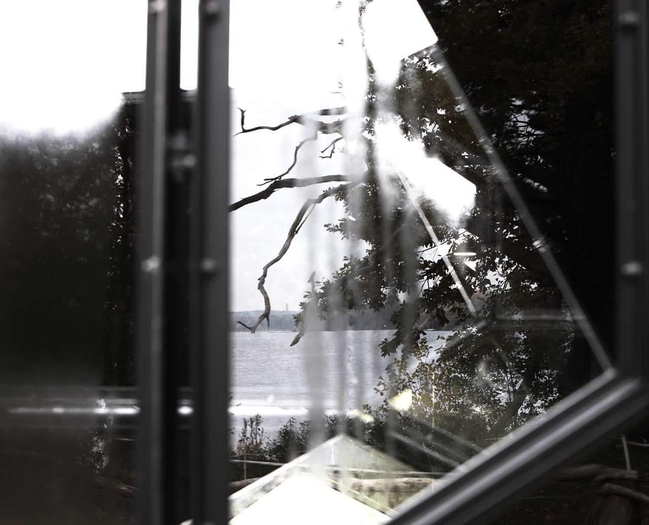 利维尔表情_奥拉维尔•埃利亚松Olafur Eliasson 中英画册《相看两不厌》|平面 ...