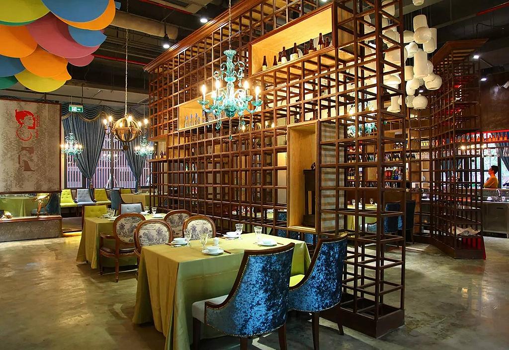 德阳市餐饮案例宴厅馆推荐|欣赏新东家设计酒楼企业画册设计设计图片