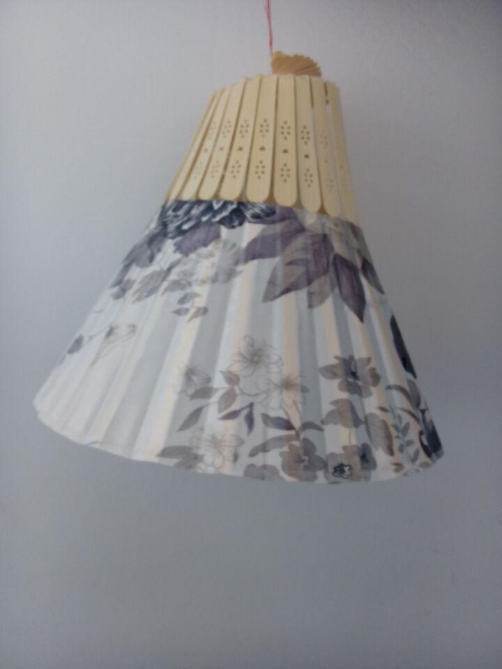 原创作品:手工制作灯笼,用扇子做的