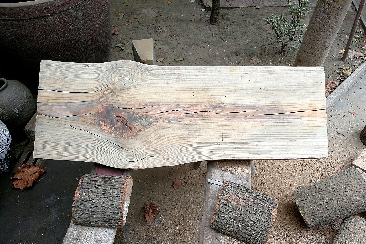 开个木头工艺品店怎么样?