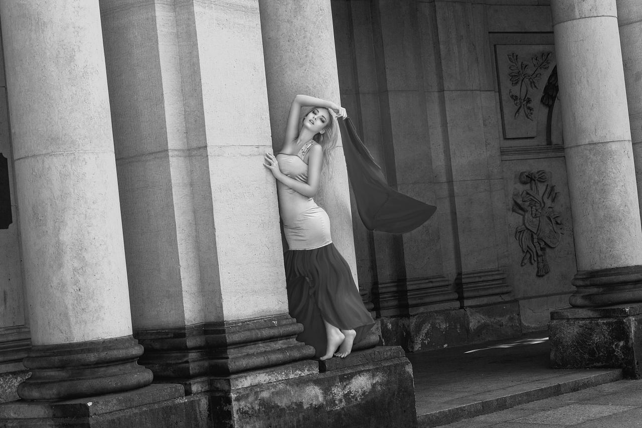 国外美女高质量写真女鞋卡娇美图片