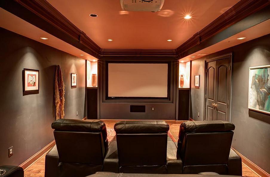 成都电影院装修设计白框灰色电视背景墙图片