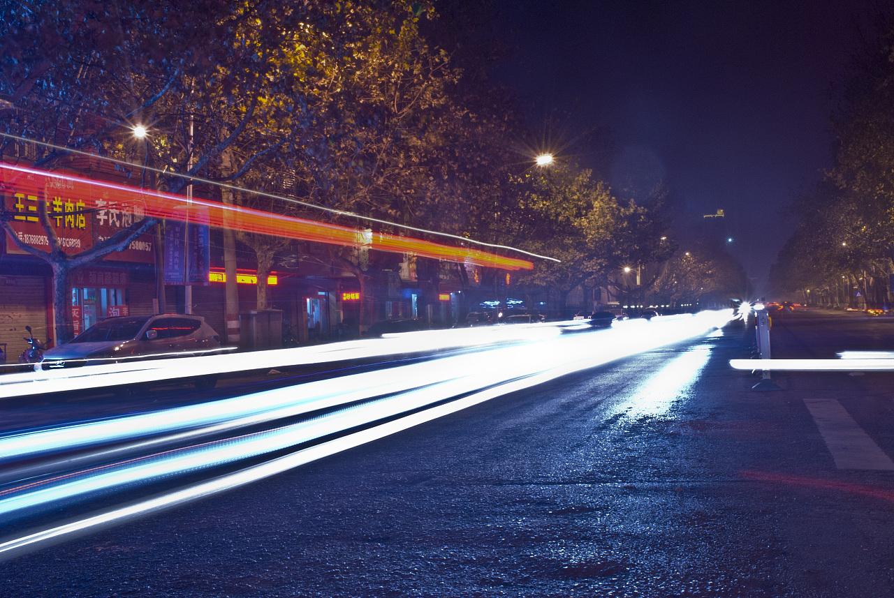 家门口的赛博朋克|摄影|风光|骚动的国美灰-原公交坐都文美食城路几图片