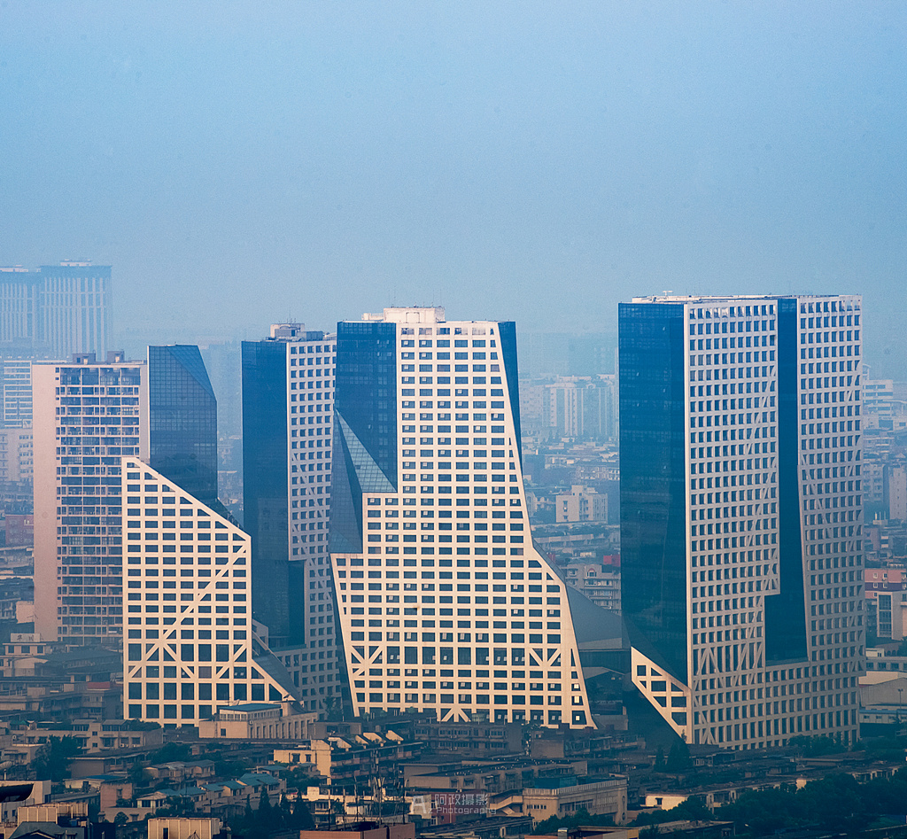 素描手绘成都城市建筑