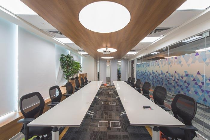网络业务提供商办公室装修设计案例效果图