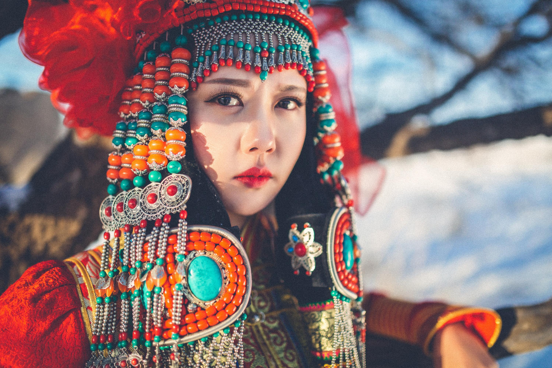 穿蒙古服的女孩|v女孩|人像|Marck一MH-原创作女生成长祝图片