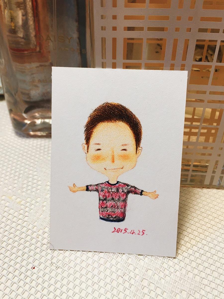 手绘彩铅小人物系列插画25|商业插画|插画|丁小婧