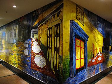 西安86平梵高主题墙绘咖啡馆作品.图片