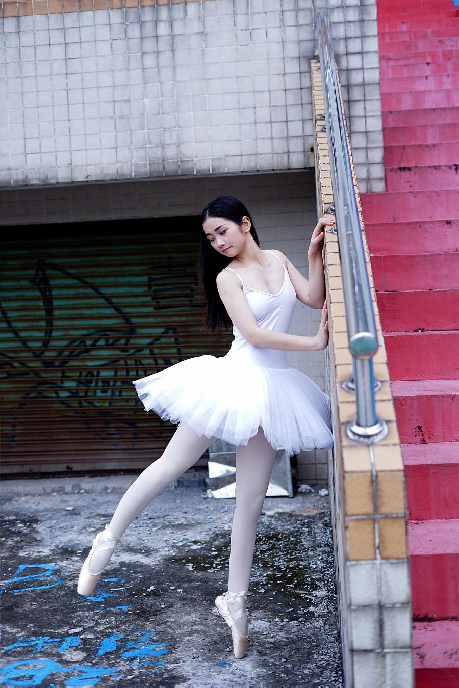 原创作品:芭蕾舞女孩